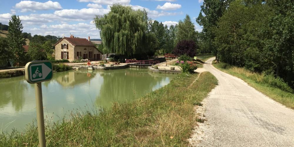 Graines de baroudeurs_canal de Bourgogne été 2015 (7)